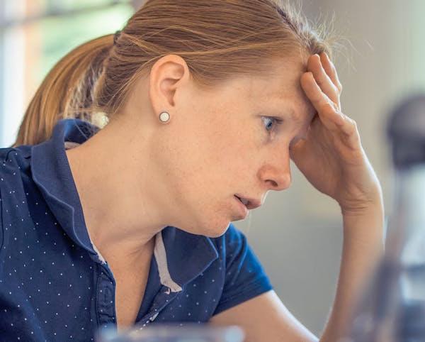 Lo Stress Scolastico Delle Mamme: Perché È Importante Invertire la Rotta